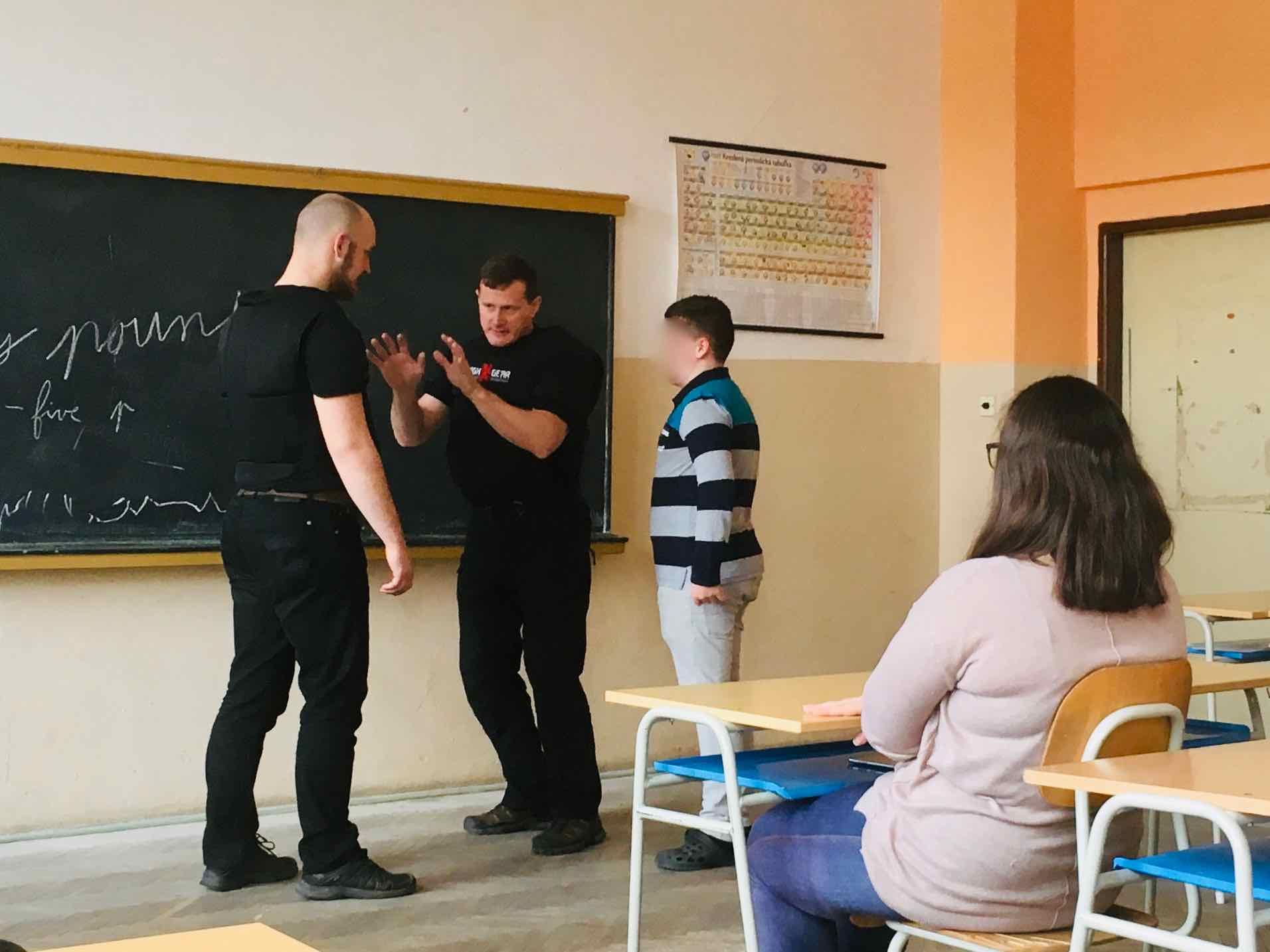 Realna_sebaobrana_Kosice_Gymnazium_Stefana_Moysesa_Moldava - 1 (1)